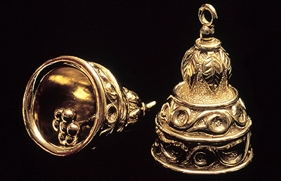 Bells on the Hem of the Robe of the High Priest
